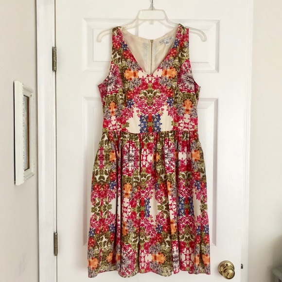 Maggy London Dresses & Skirts - Maggy London floral fit and flare dress 12